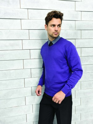 MEN'S KNITTED V-NECK SWEATER